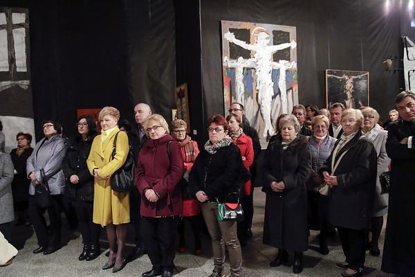 Wystawa Krzyż